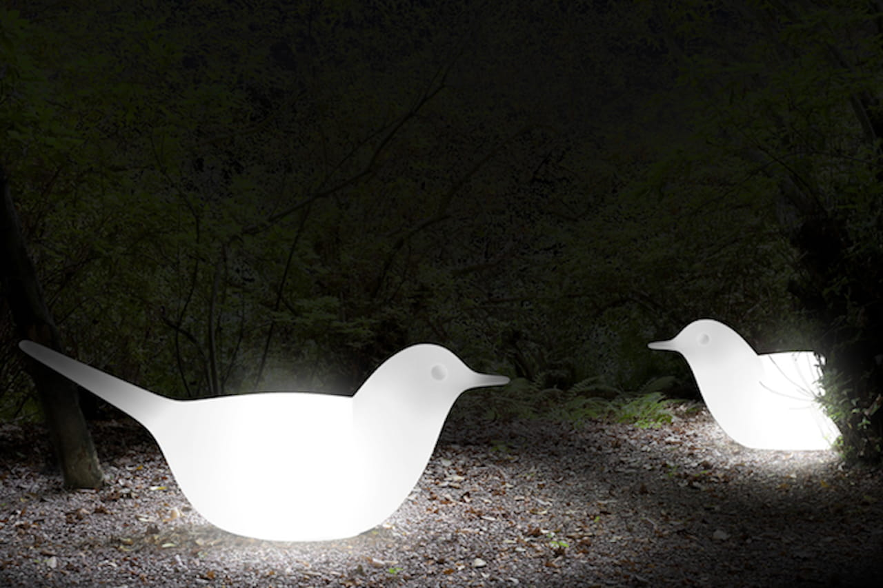 Lampade da esterno illuminare il giardino for Design da giardino