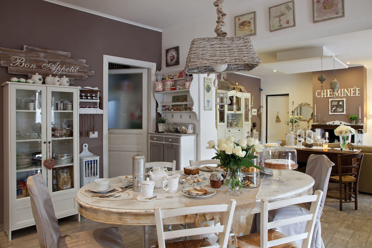 Stile provenzale naturale e chic for Casa di campagna in stile francese