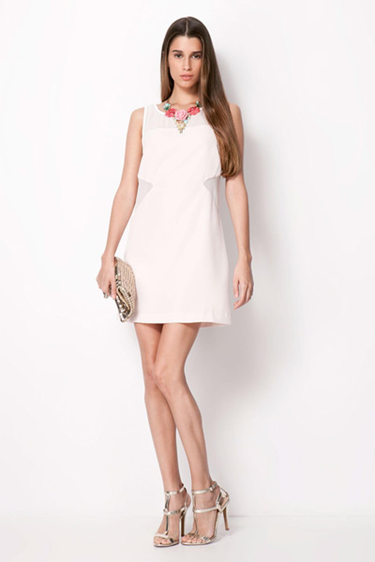 39fcd8fc0f331 فساتين جميلة من اللون الأبيض من موضة صيف 2013