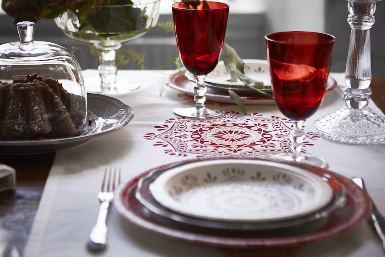 Ikea la collezione di natale trasforma ogni giorno in una - Servizio di piatti ikea ...