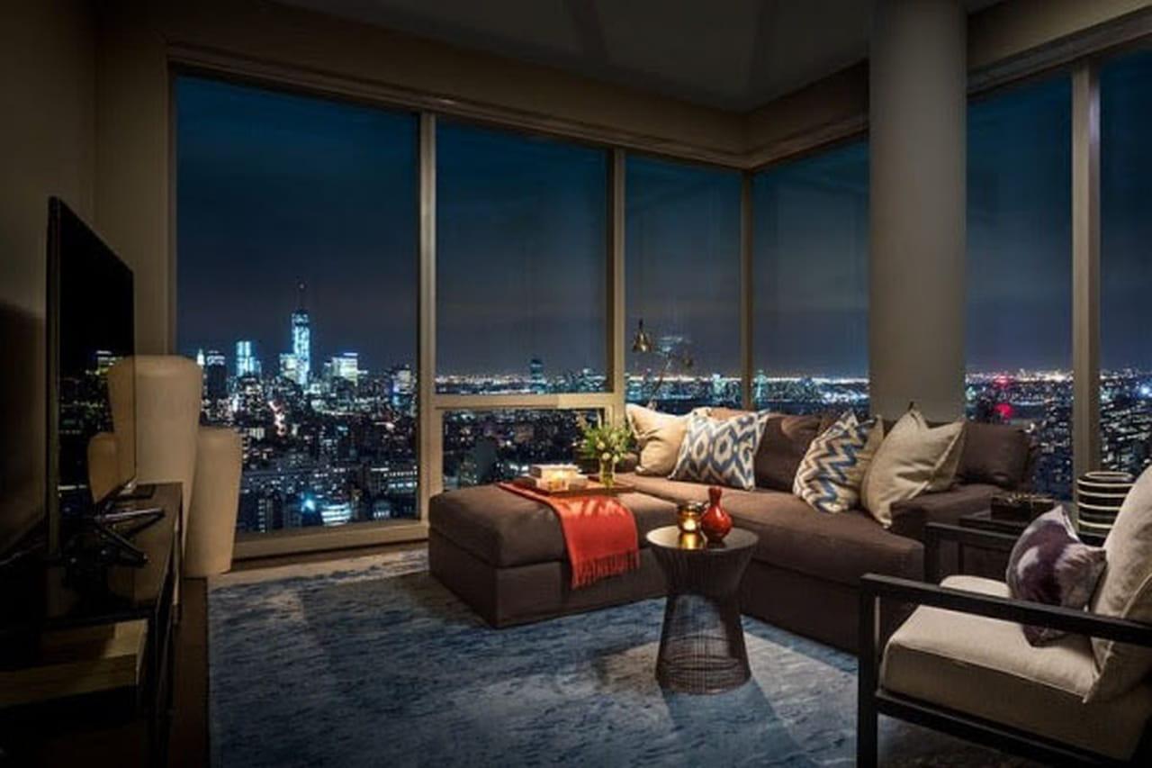 جولة مع تصميمات الديكور داخل شقة العارضة جيزيل بوندشن في نيويورك 839499.jpg