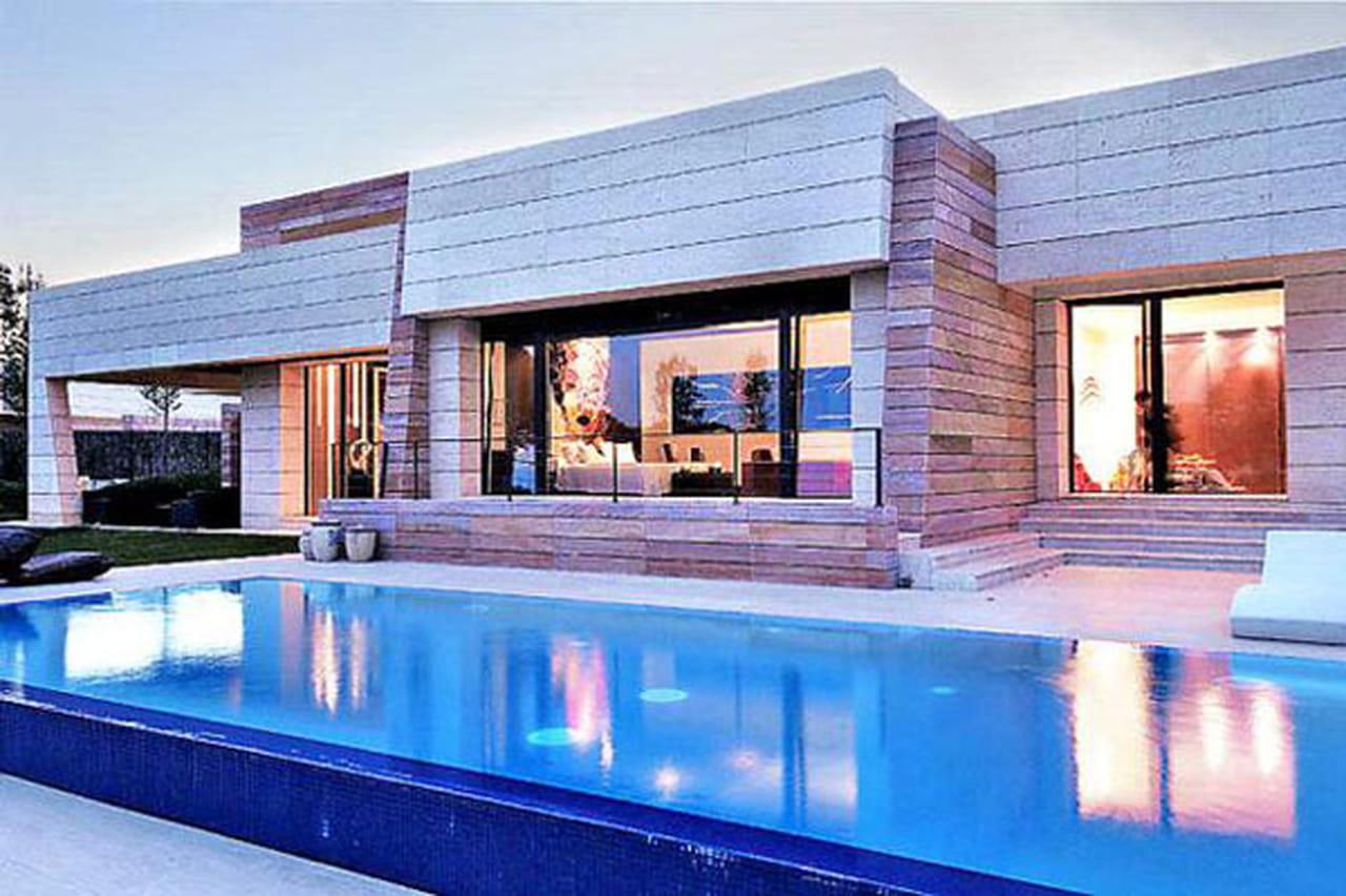 منزل نجم ريال مدريد كريستيانو رونالدو والفخامة بلمسة أسبانية 825830.jpg