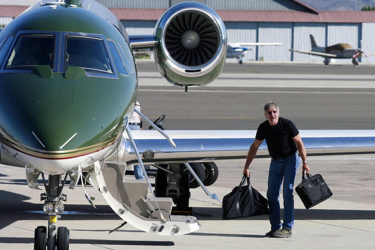 Aereo Privato Di Abramovich : Harrison ford l aereo privato sfiora un volo american