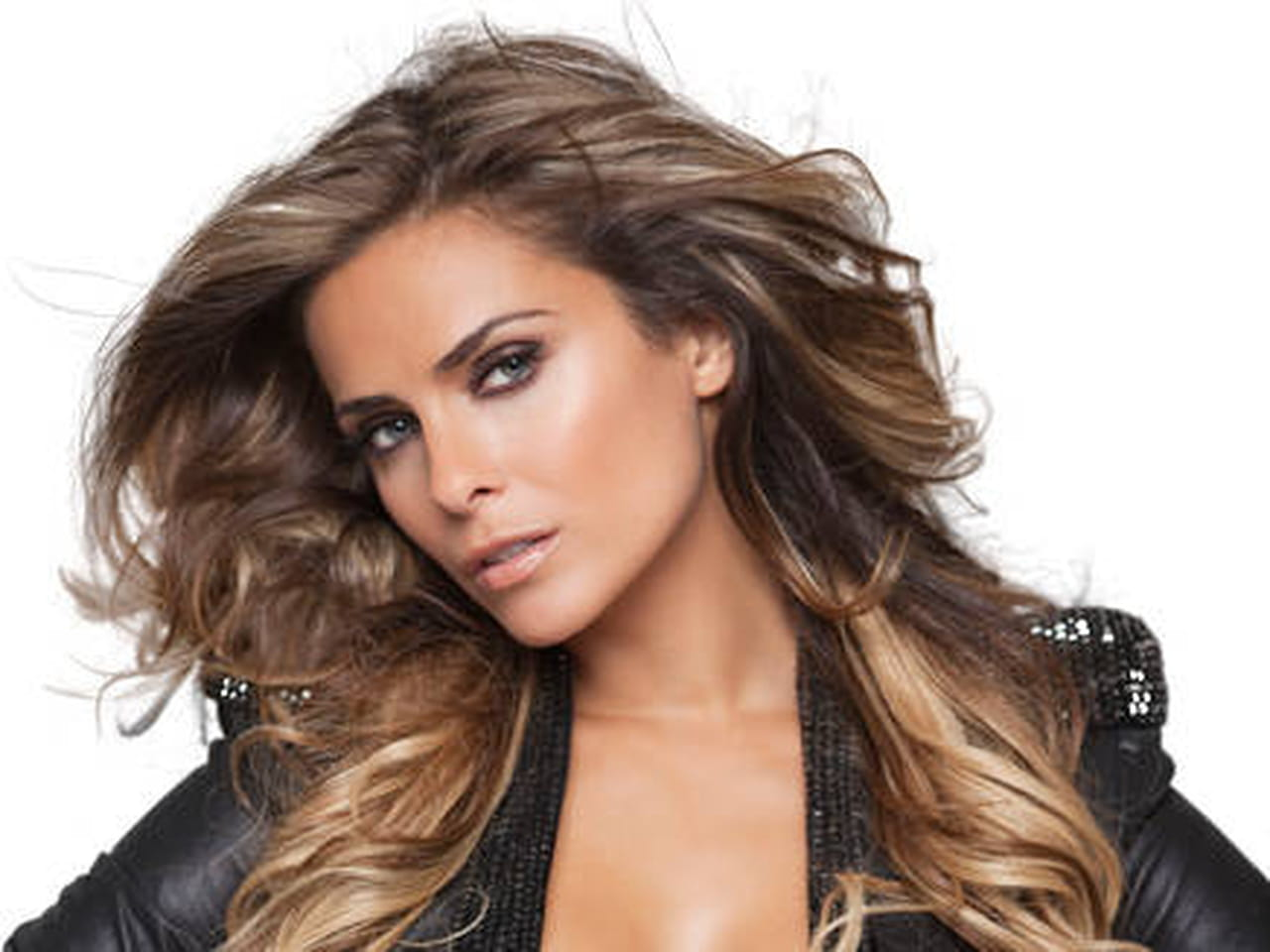 clara morgane secret story la t l r alit qui me pla t le plus. Black Bedroom Furniture Sets. Home Design Ideas