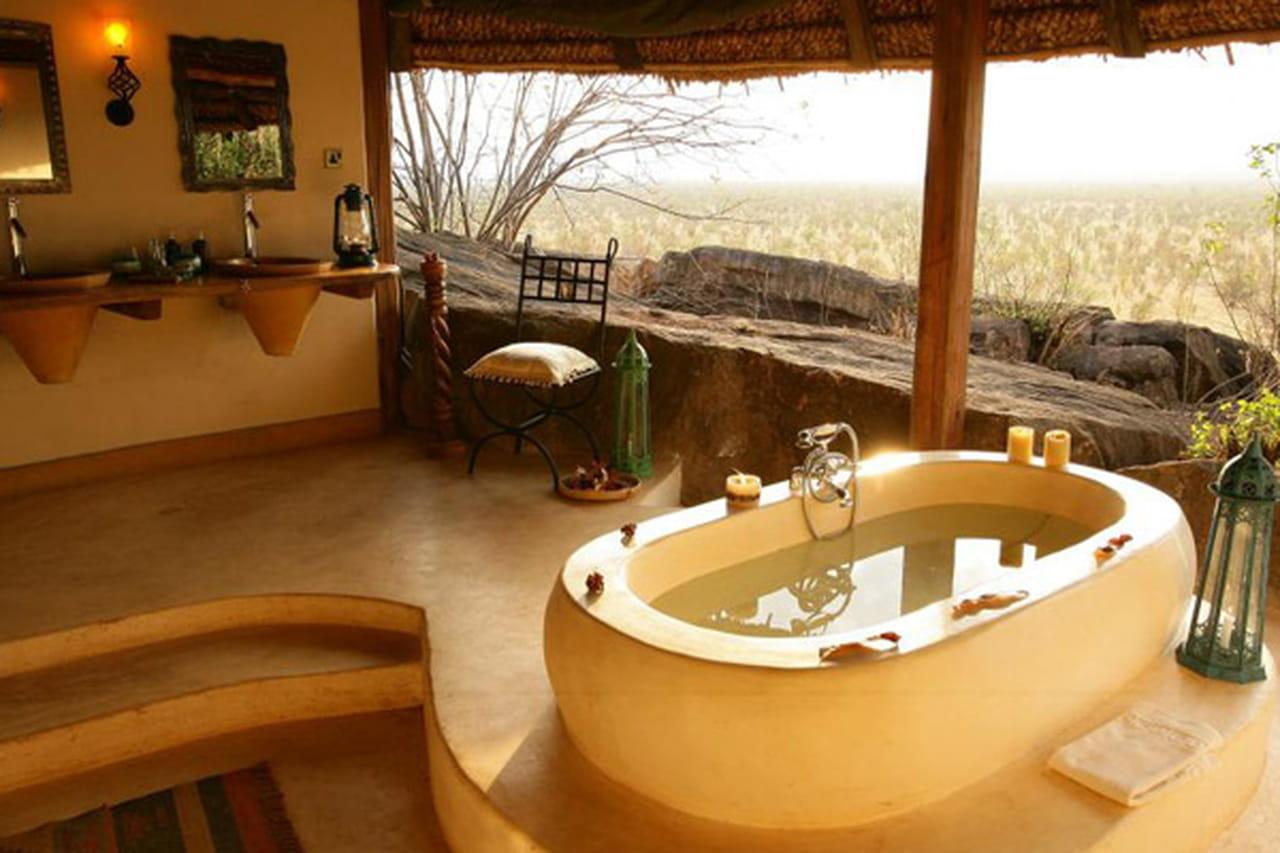 رحلة استجمام هادئة في غابات السافانا في كينيا. 875123.jpg