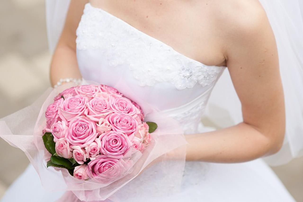 خلطات طبيعية لتفتيح بشرة جسمكِ قبل حفل الزفاف 838477