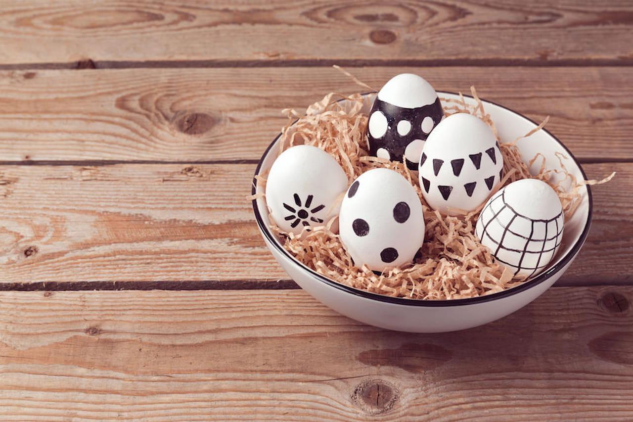 Addobbi di pasqua decorazioni per la casa con le uova - Decori pasquali per la casa ...