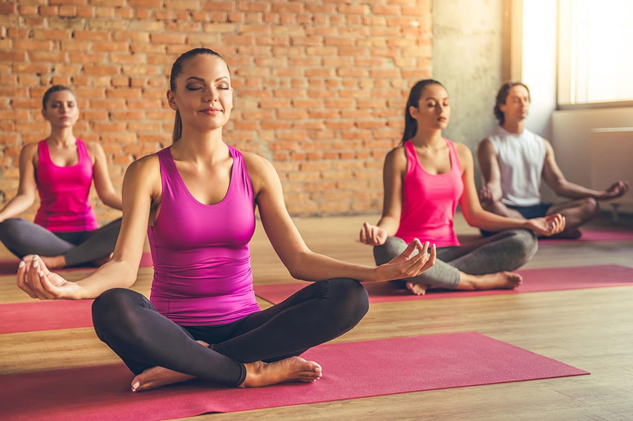 Conheça os diferentes tipos de yoga 91b4c42cf2bc