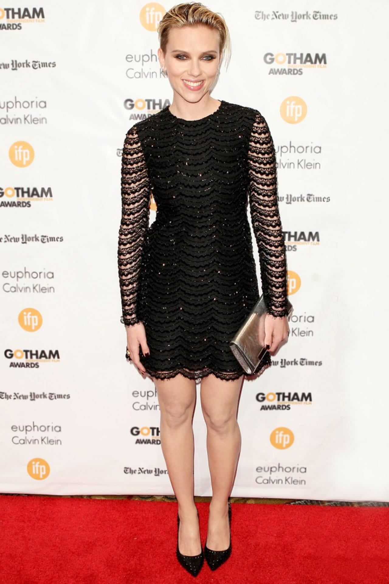 Scarlett Awards Johansson Saint Independent Laurent Ai Gotham Film In WeHIY9ED2