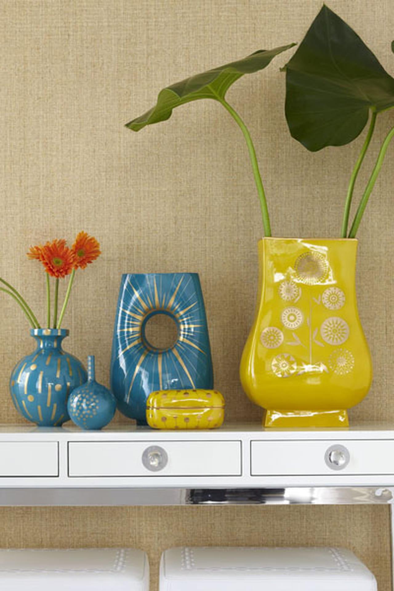 مجموعة مزهرايات متنوعة الألوان والتصاميم  785423