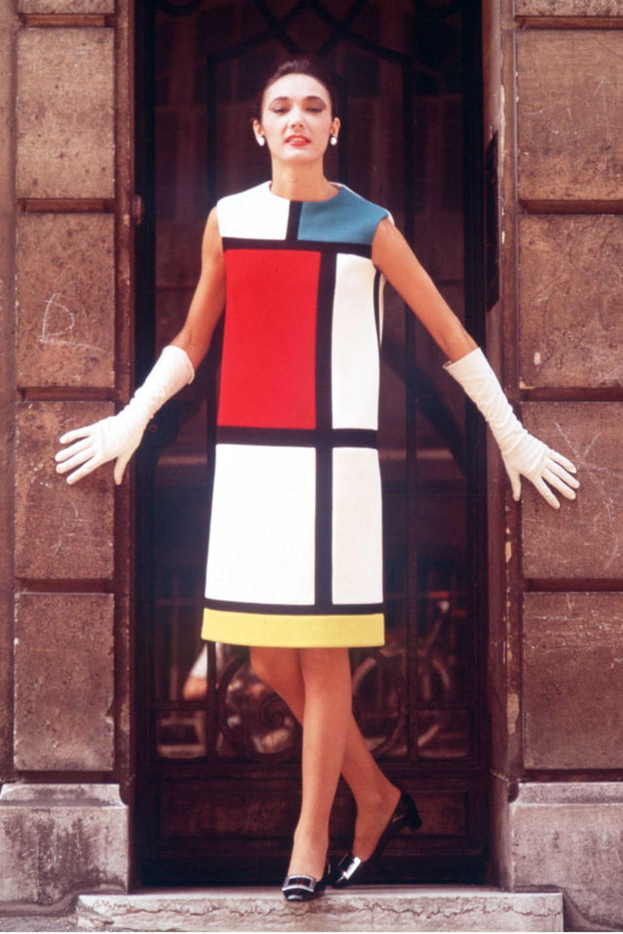 Moda dos anos 60 entenda o estilo da d cada for Sopas francesas famosas