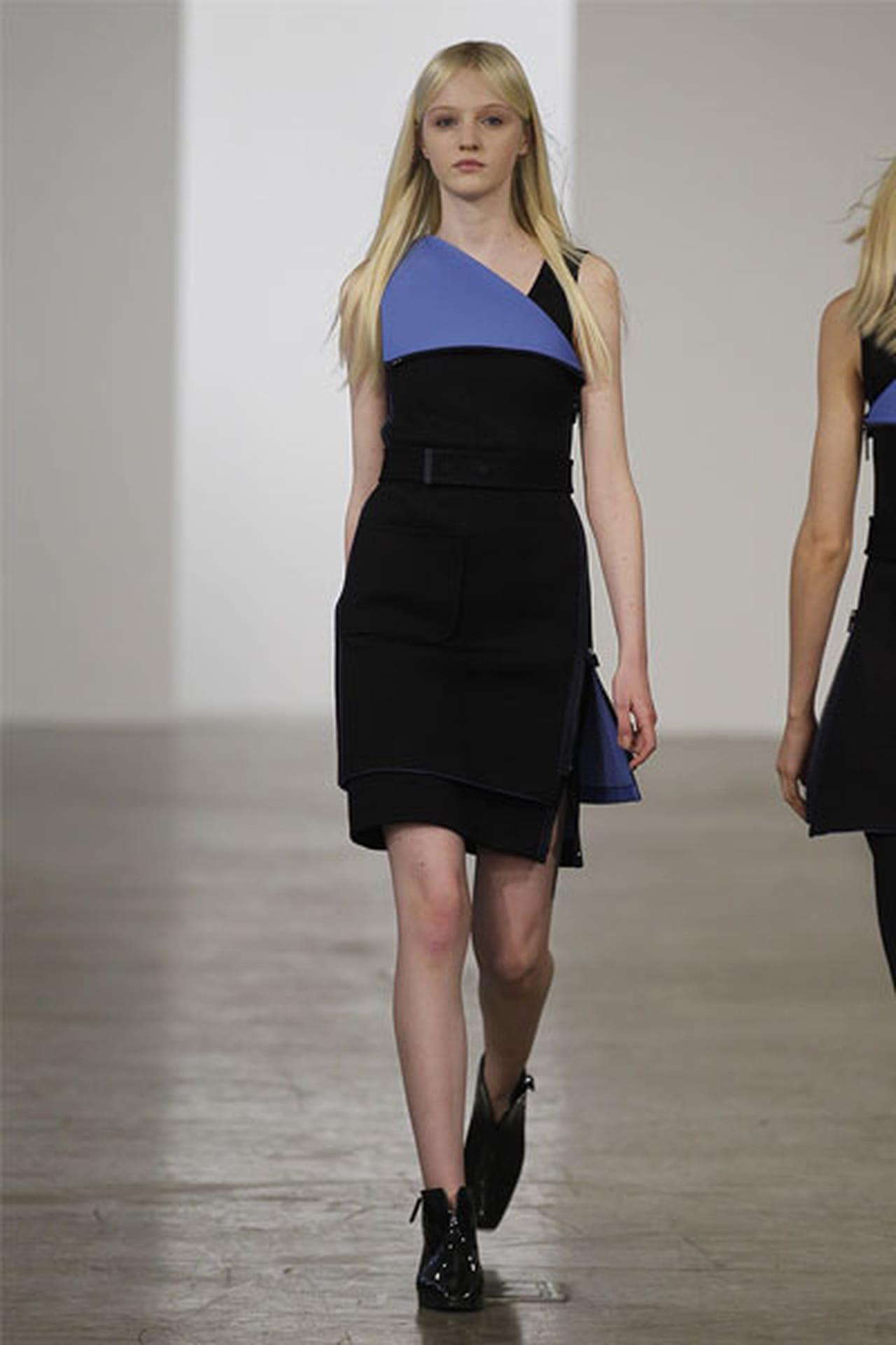 الفساتين القصيرة عنوان الأنوثة 827671