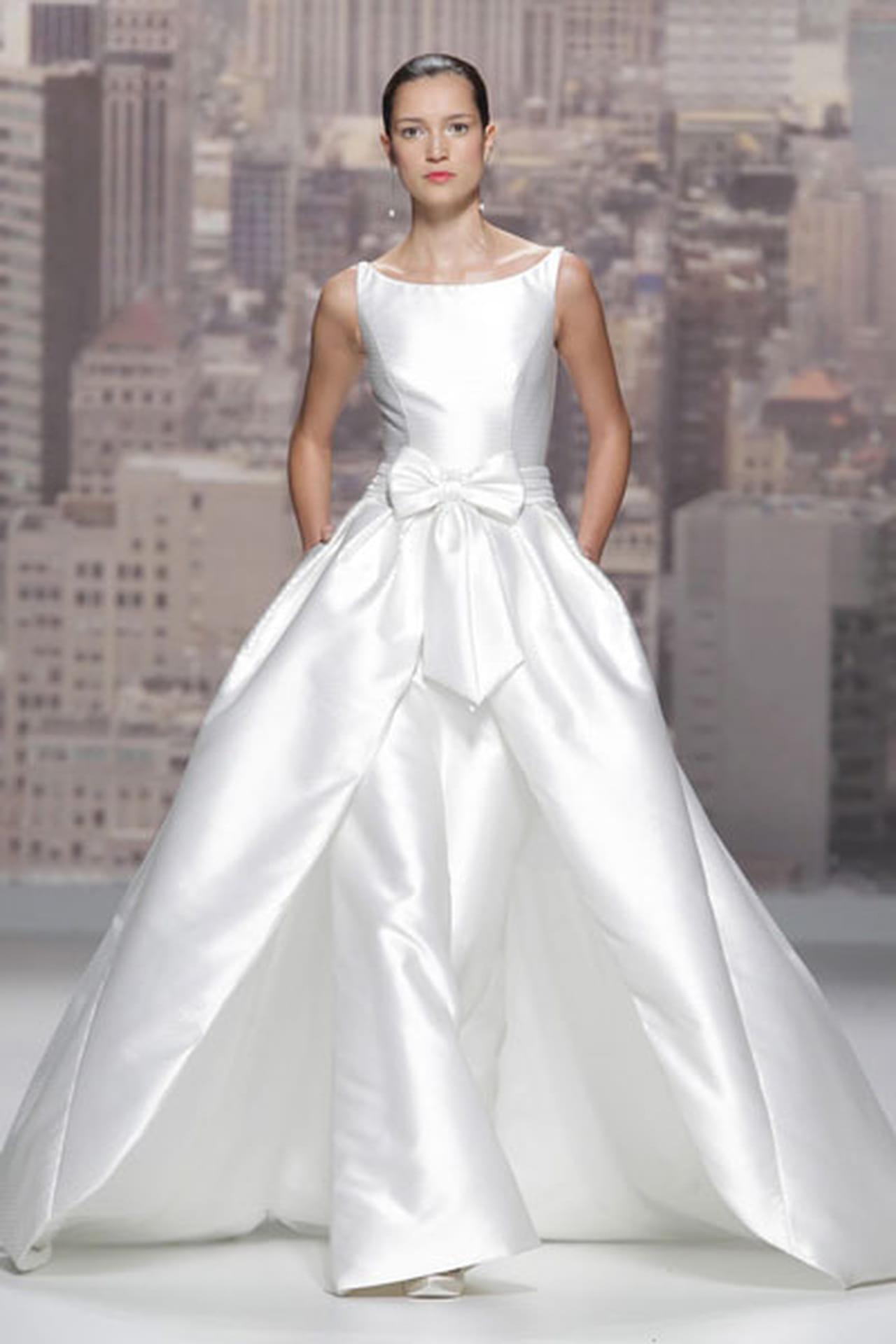 تصاميم حالمة في فساتين زفاف 820495