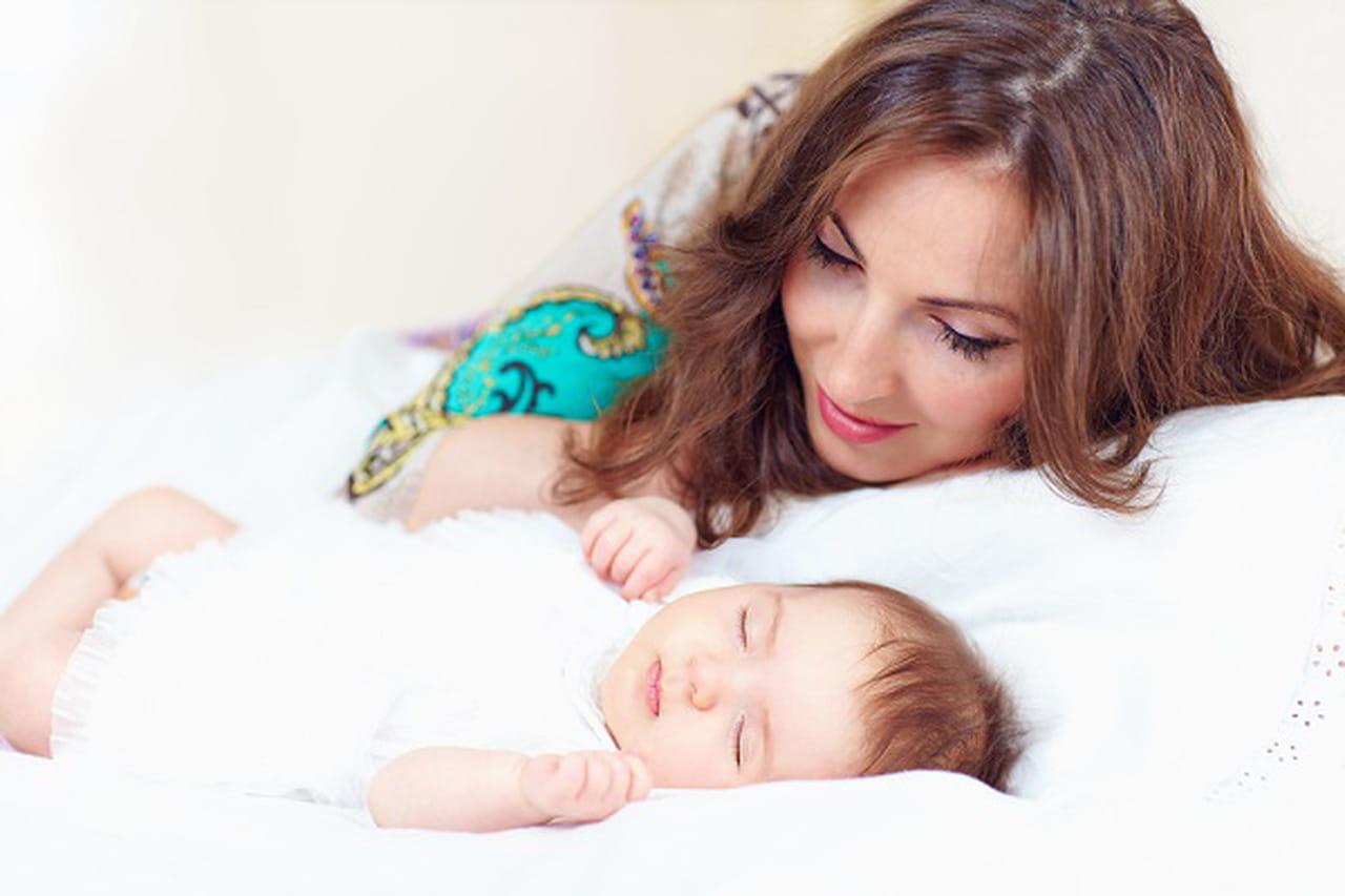 6 أخطاء يرتكبها الآباء والأمهات الجدد عند تربية الطفل  838209
