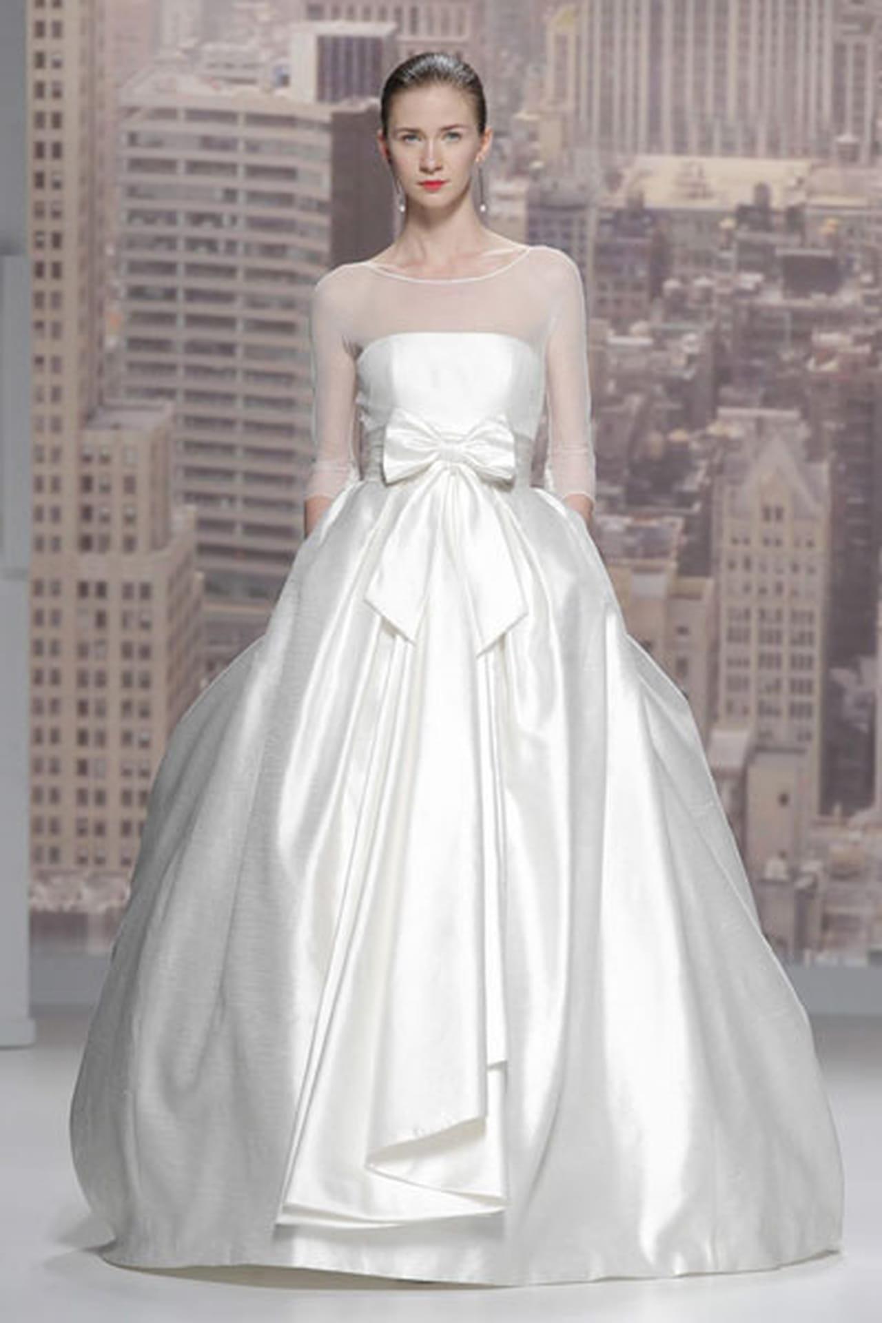تصاميم حالمة في فساتين زفاف 820496
