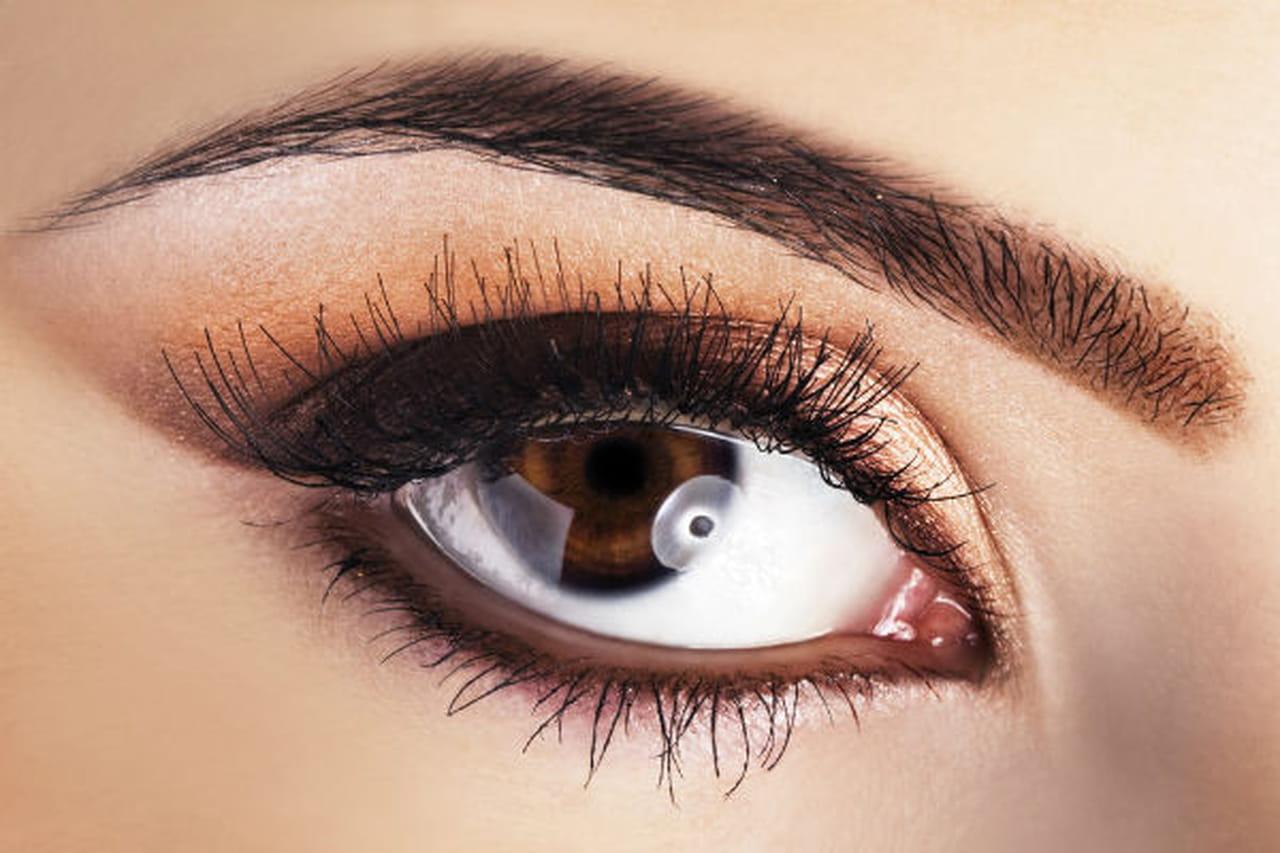 خدع جمالية لماكياج العيون البنية 875218.jpg