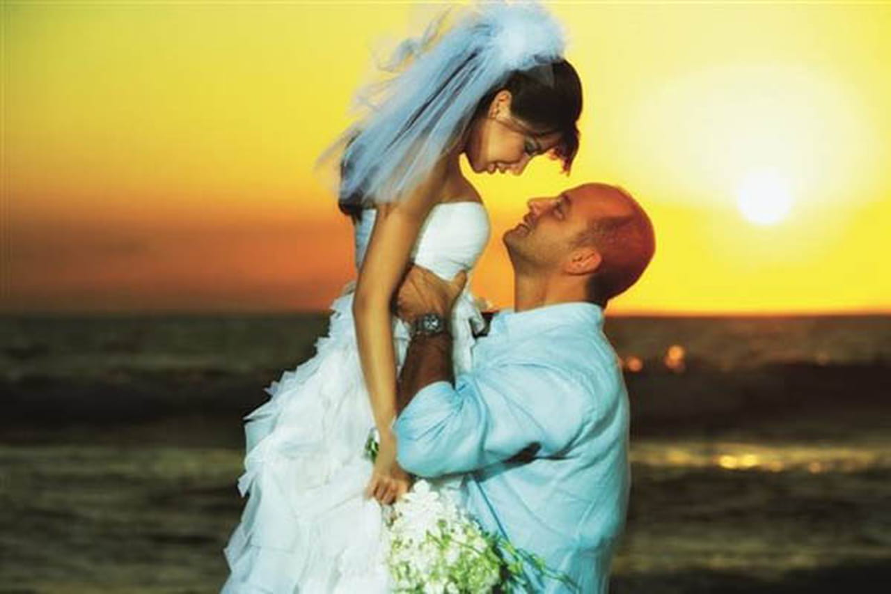صور من حفل زفاف نانسي عجرم من طبيب الاسنان فادي الهاشم بعد 6 سنوات من الزواج