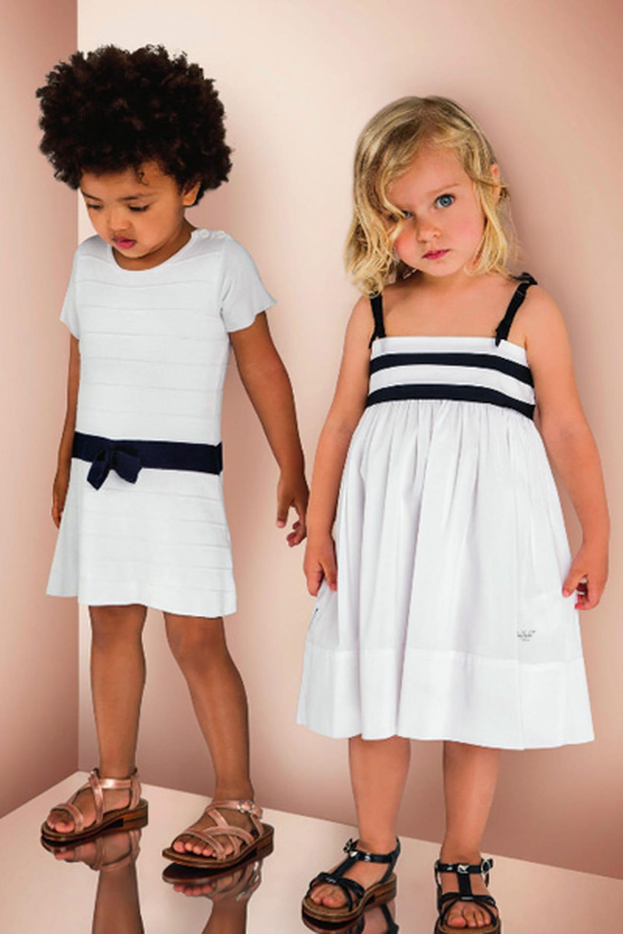 5b09fa8f9f351 ملابس اطفال من Armani Junior لموسم ربيع وصيف 2013