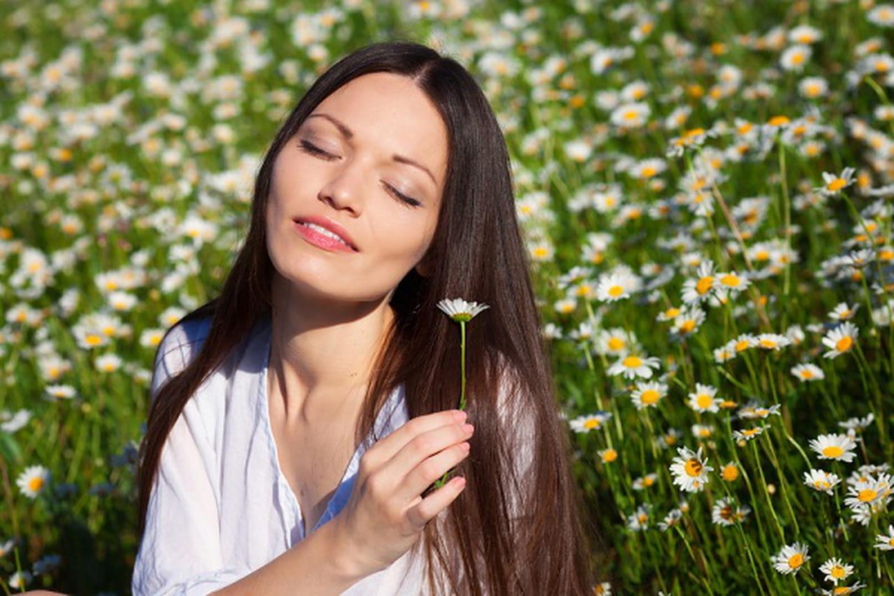 نتيجة بحث الصور عن خلطات طبيعية من الجلسرين والعسل لتنعيم الشعر الجاف والمتقصف