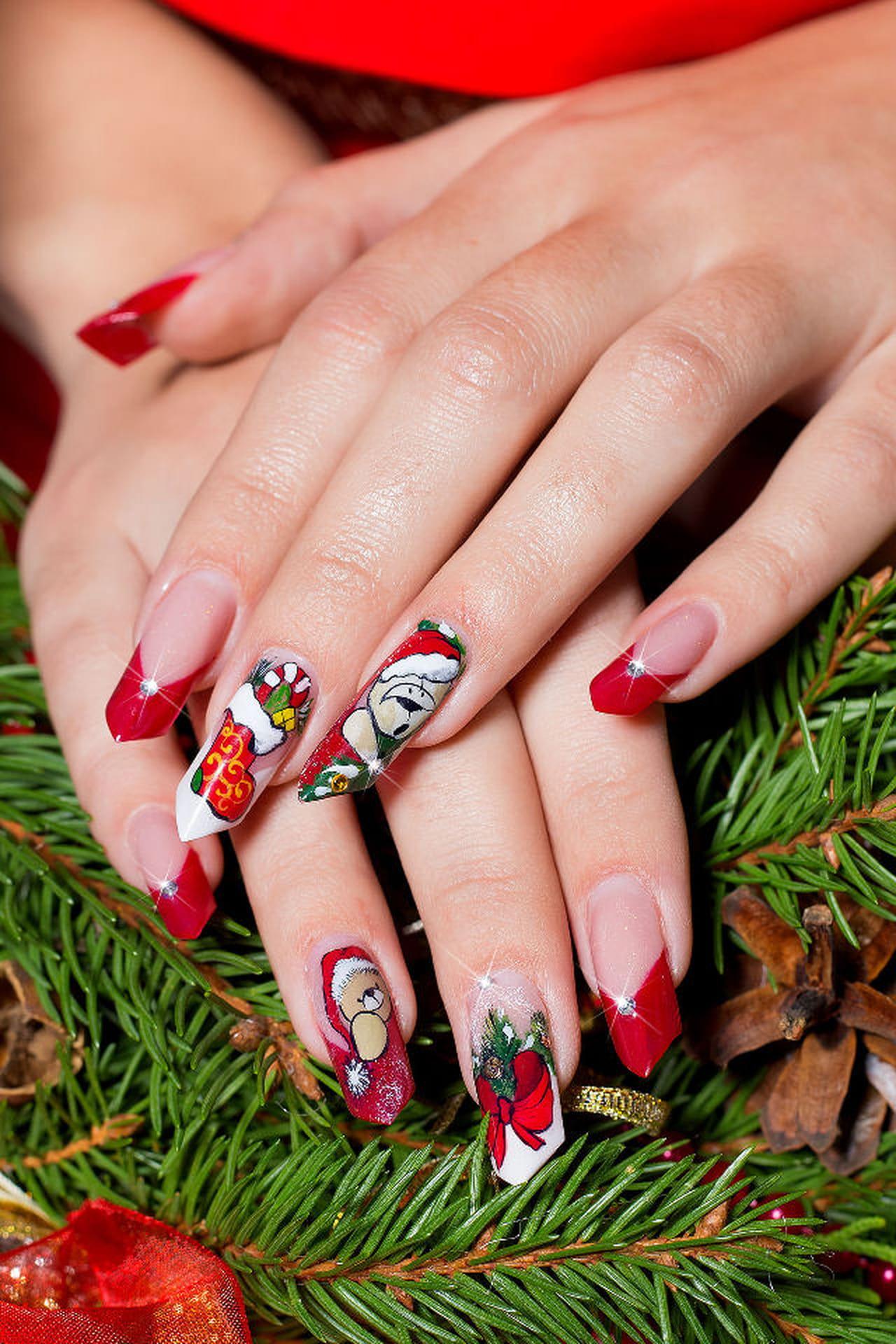 Unghie di natale decorazioni o gel for Decorazioni natalizie unghie