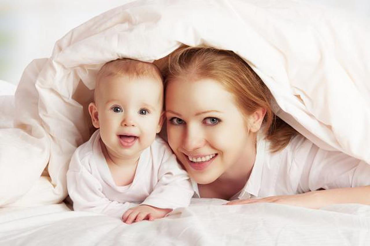 متابعة نمو الطفل، ووزنه، وتطور مهاراته من الولادة وحتى بلوغ عامه الأول  818838