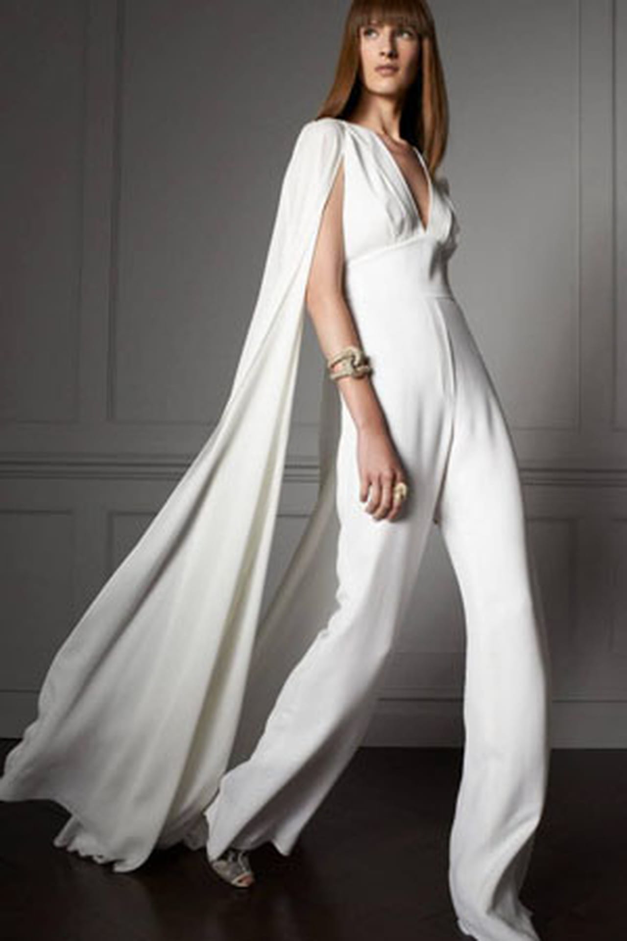 Женские свадебные костюмы фото 8