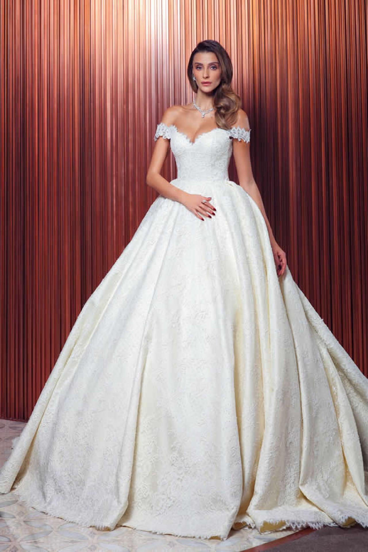 8dfc25fc51fdc فساتين زفاف تركية 2017 للمصمم Raşit Bağzıbağlı - صورة 2 7