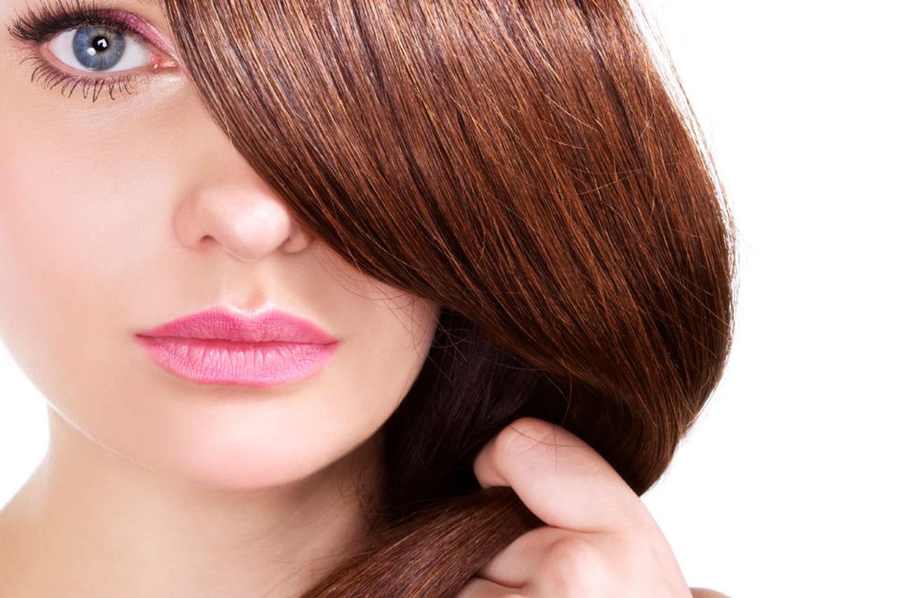 Come applicare il colore ai capelli