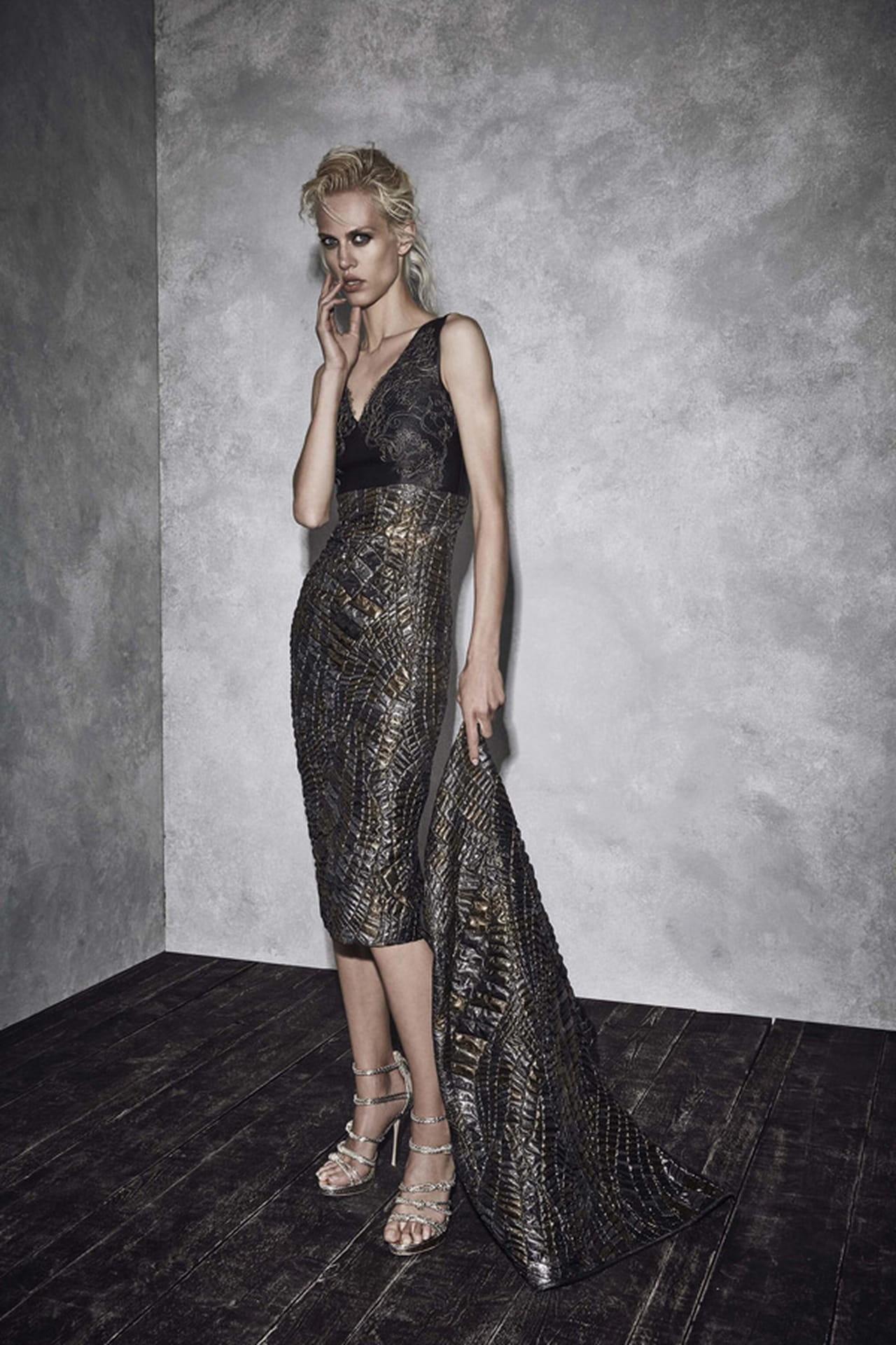 509e12de4b97a فستان أوكسدية من ألبرتا فيريتي Alberta Ferretti