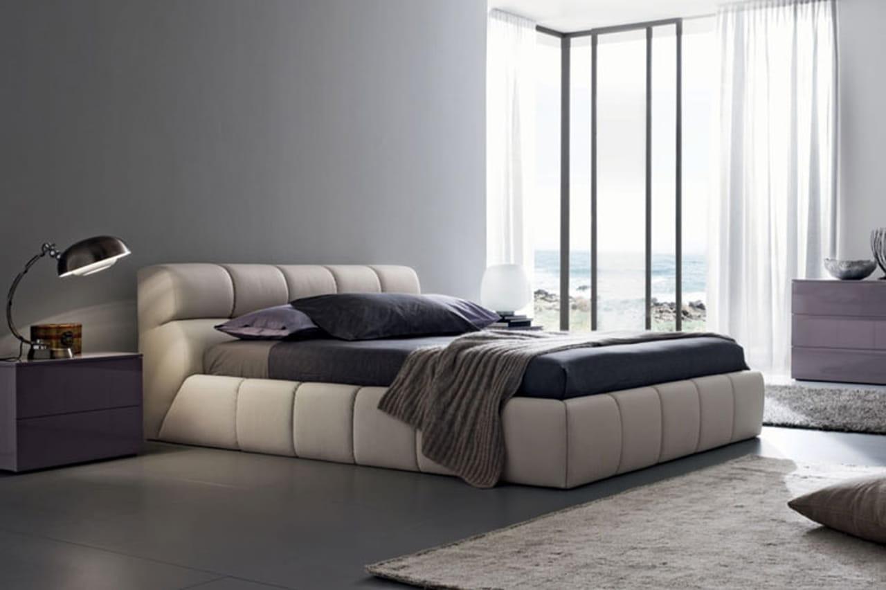 السرير الجلدي: غرف نوم عصرية من ماركات إيطالية