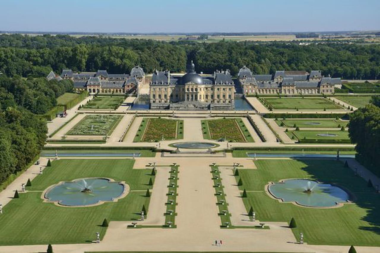 Coloriage Chateau Vaux Le Vicomte.Un Nouveau Parcours Sonore Immersif Au Chateau De Vaux Le Vicomte