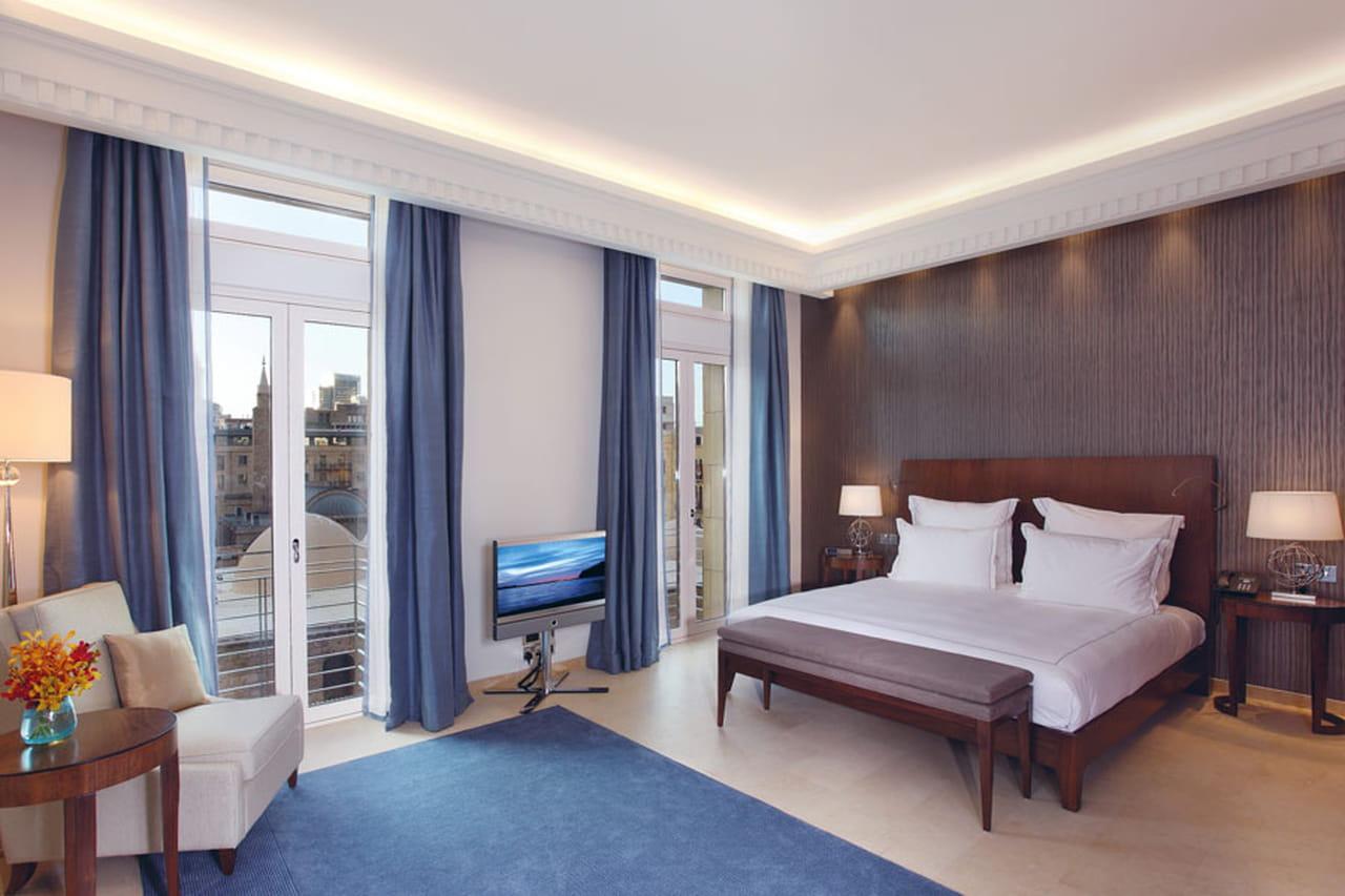 جولة على أجمل غرف نوم الفنادق الفخمة حول العالم