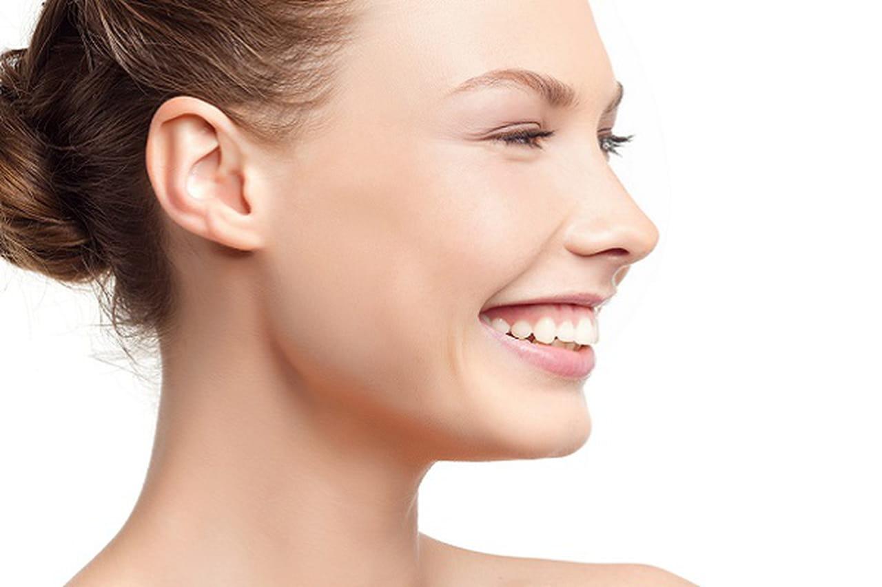 أساليب طبيعية لشد وجهكِ وبشرتكِ بدون الجراحات التجميلية 880096.jpg
