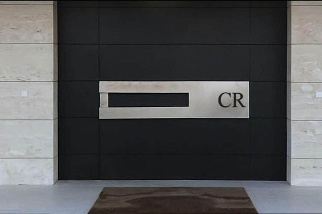 منزل نجم ريال مدريد كريستيانو رونالدو والفخامة بلمسة أسبانية 826070.jpg