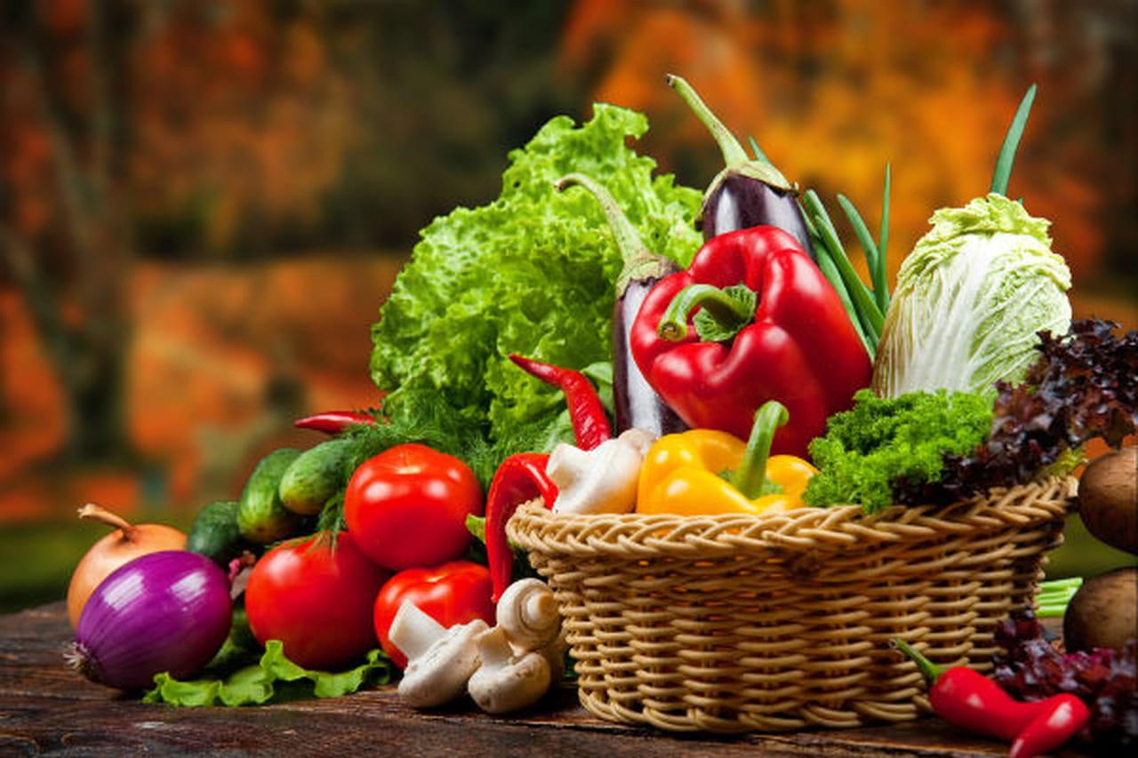 Image result for صورالخضروات الداكنة والطماطم