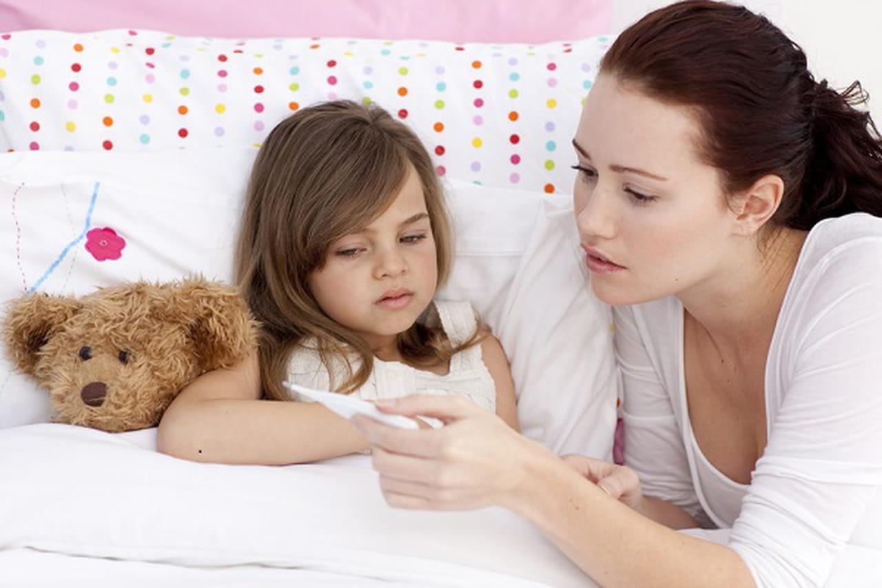 نصائح للتعامل مع النزلات المعوية في الأطفال وطرق الوقاية منها
