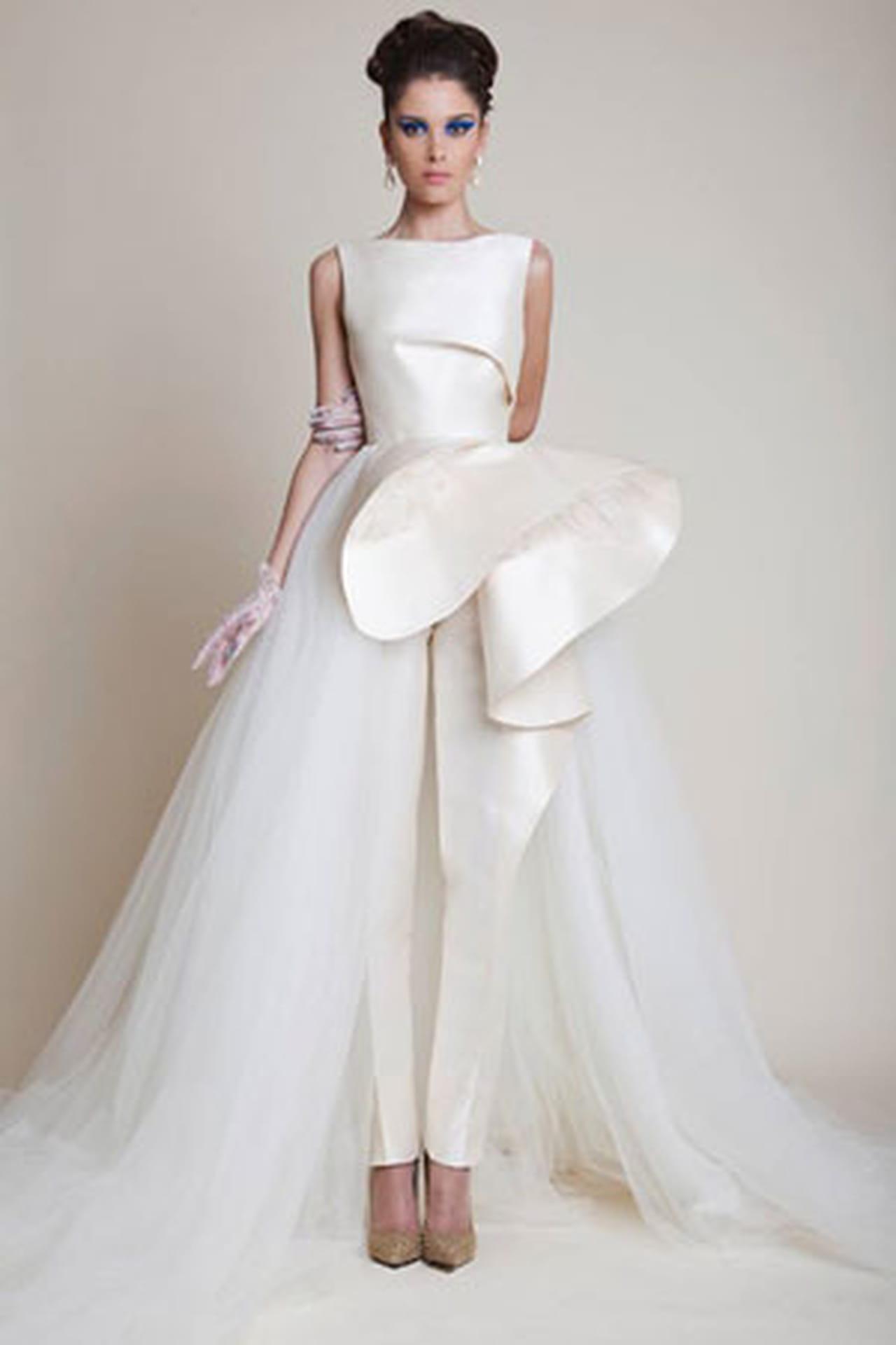 Женские свадебные костюмы фото 3