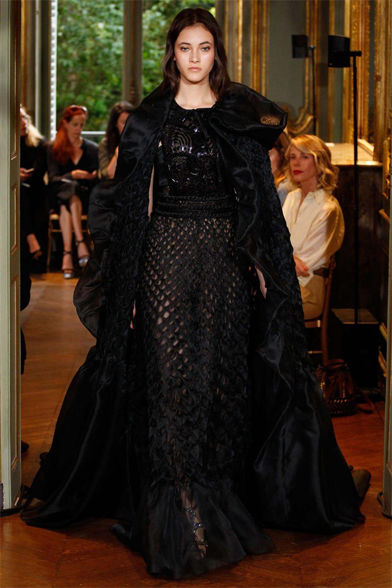 a872080ad فستان سهرة من ألبرتا فيريتي Alberta Ferretti
