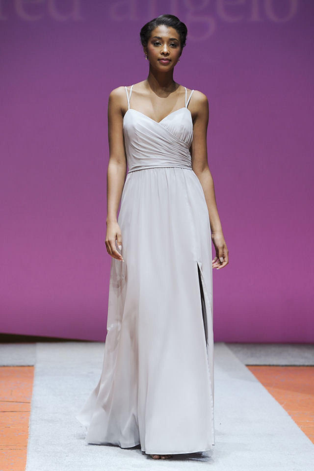 Vestiti da sposa semplici i grandi classici for Stile minimal vestiti