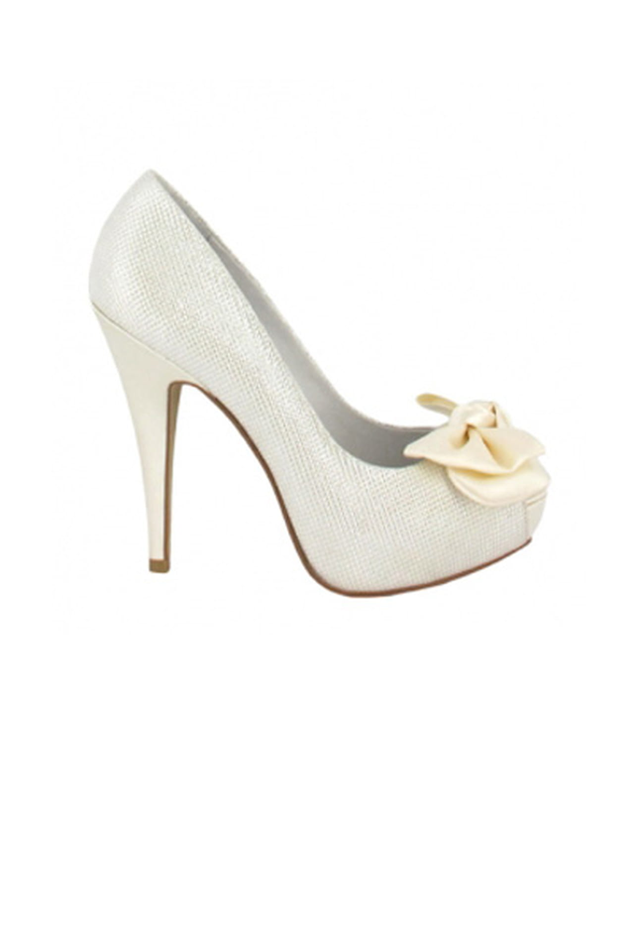 00791f462 احذية العروس من الماركة الإسبانية Menbur