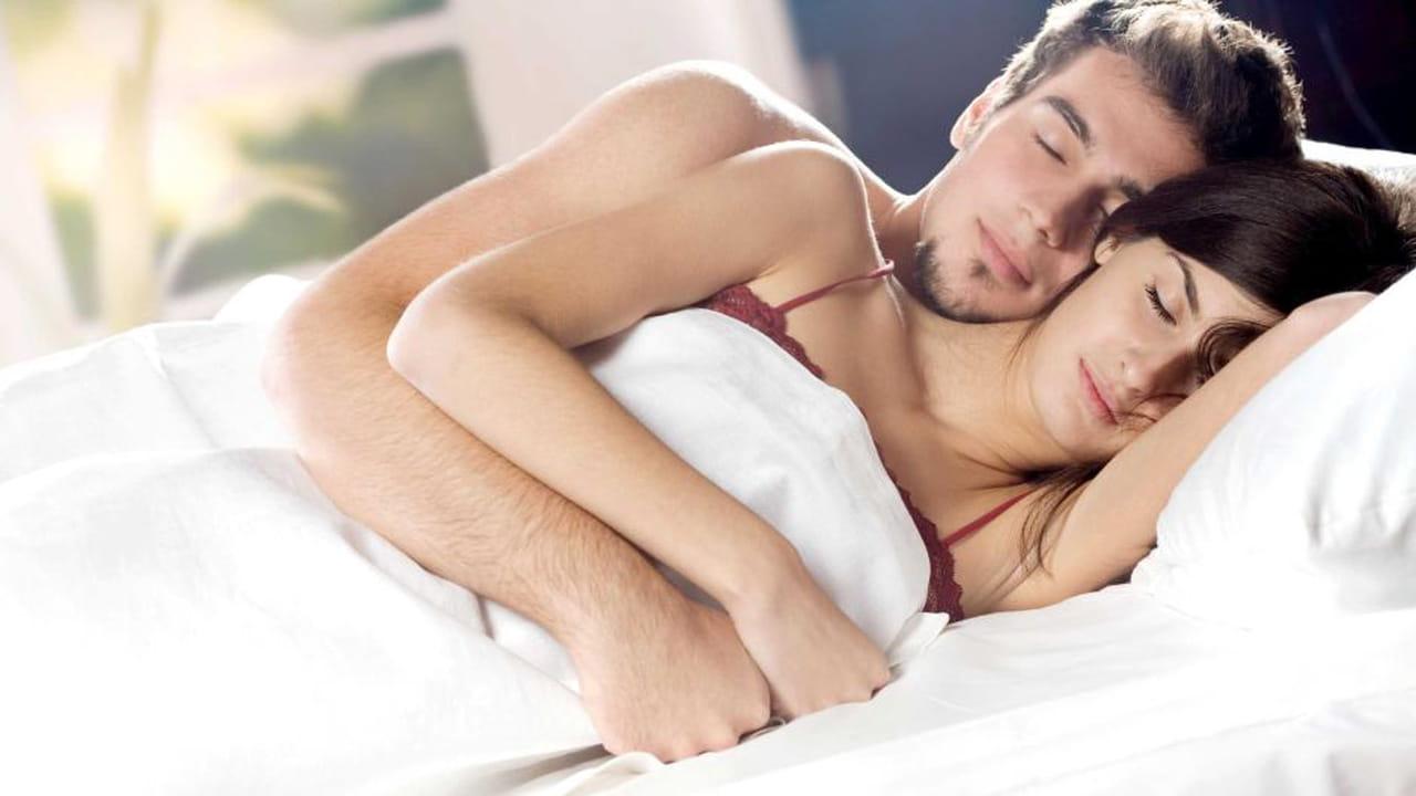 5767cbfa0c3a7 بعد الزواج مباشرة تبدأ فكرة حدوث الحمل تتخلل أفكار الزوجين وتزداد رغبتهما في  وجود طفل يملأ حياتهما سعادة وحب.