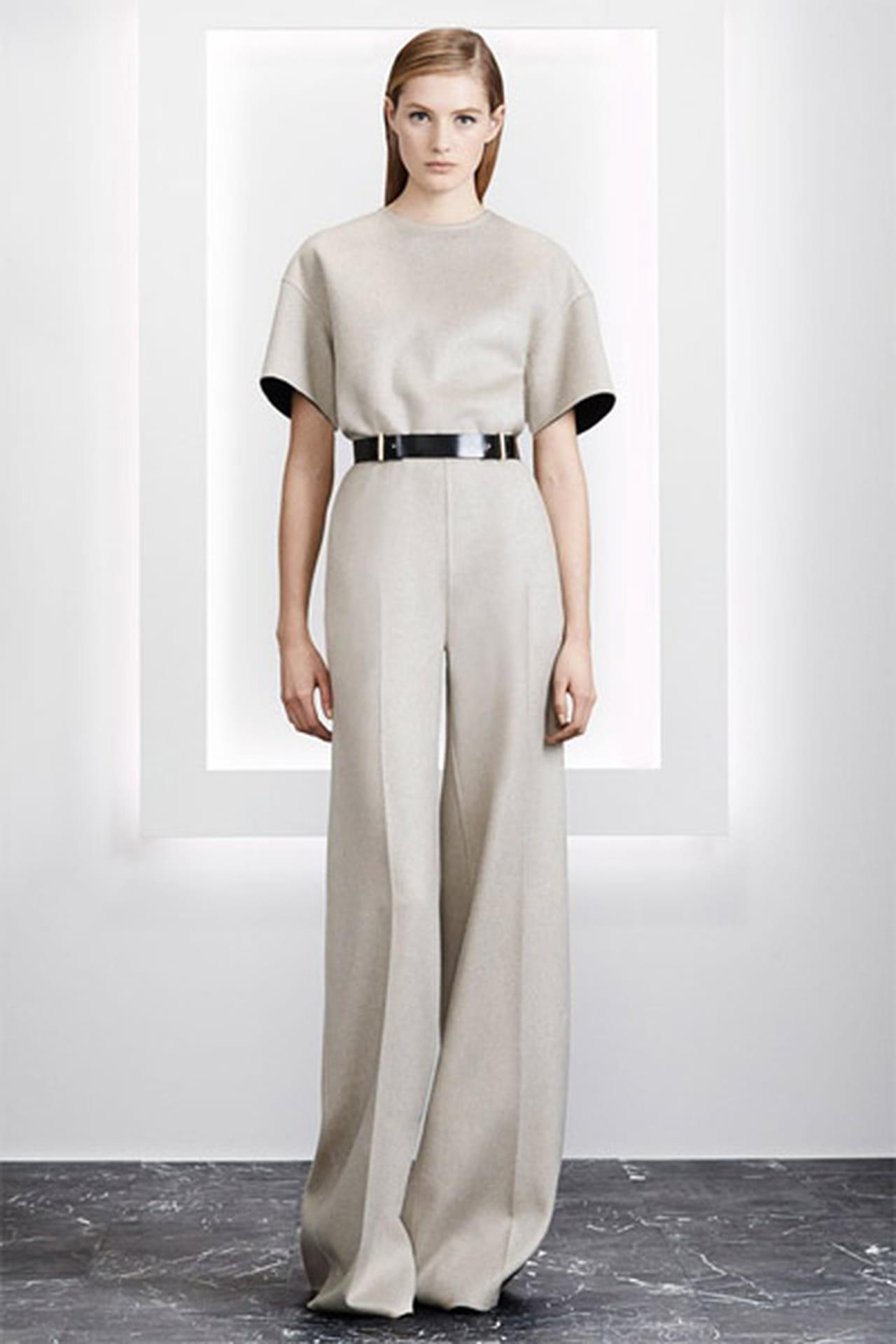 ac27779d1a65a أجدد موديلات الجمبسوت Jumpsuit من أزياء ما قبل خريف 2015