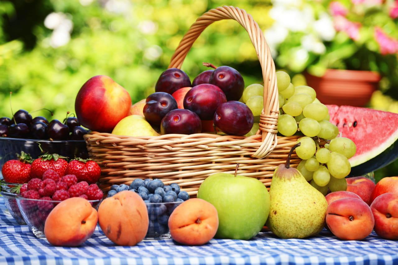 Frutta estiva elenco delle propriet - Contorno di immagini di frutta ...