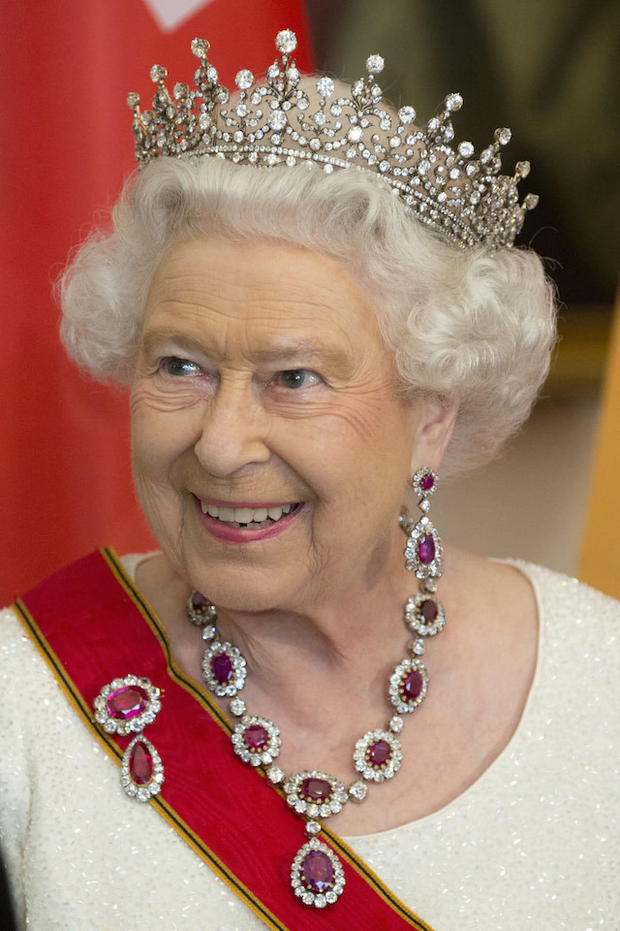 le 39 cattiverie sulla regina 39 che raccontano il latoForLa Regina Elisabetta 2