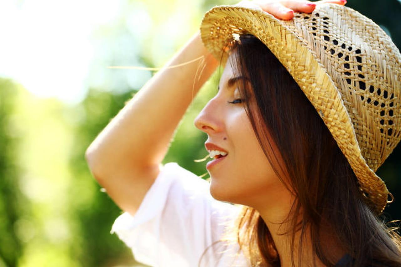 خمس اطعمه تحمي صحة بشرتك المعرضة لاشعة الشمس