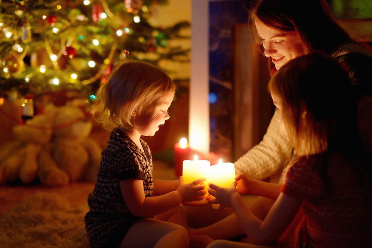 Capodanno con bambini consigli per tutti i genitori for Grandi bambini giocano a casa