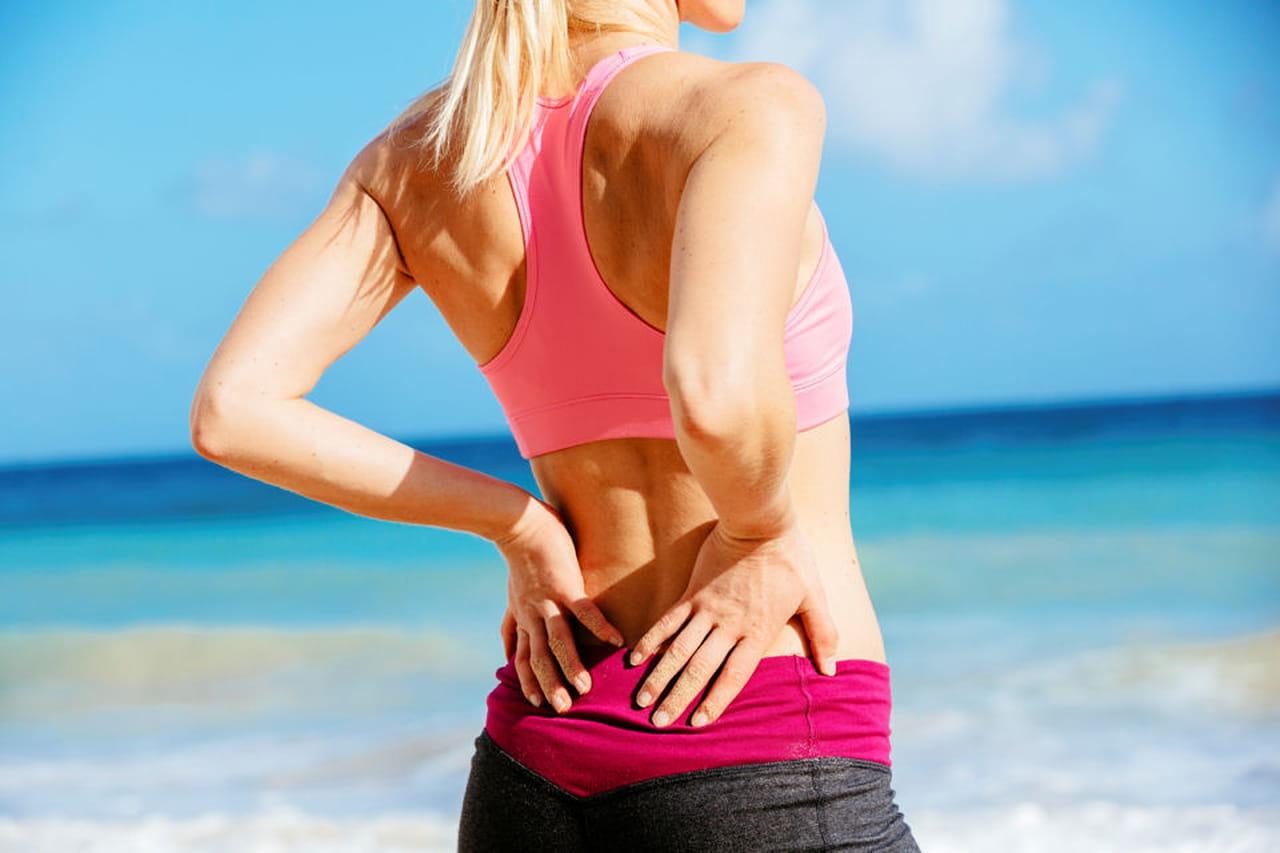 Provochi il grasso a dolore a un dorso