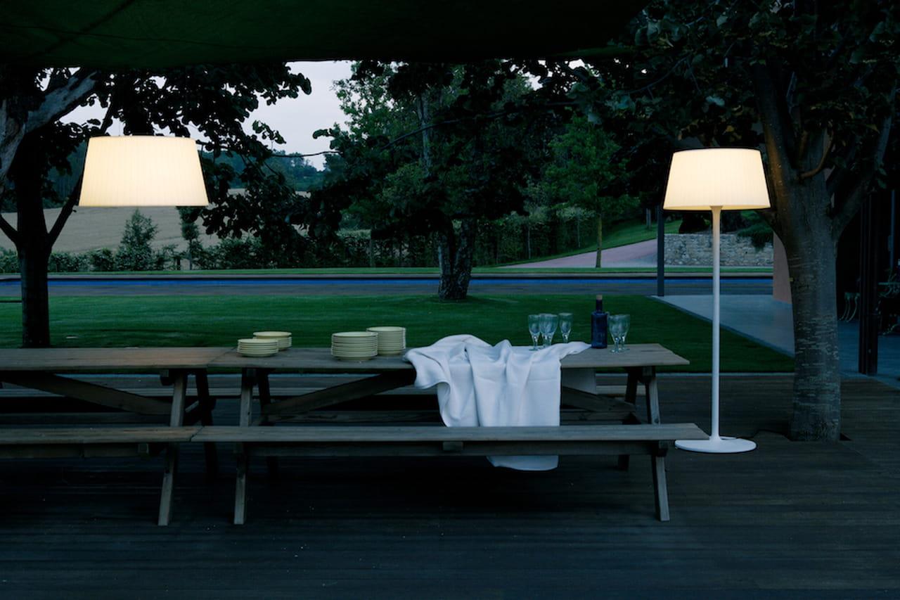 Illuminazione giardino: lampade, luci e faretti di design
