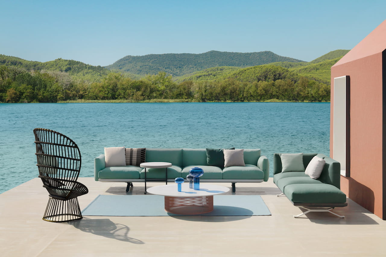 Arredamento outdoor mobili da esterno di design for Arredamento di design outlet