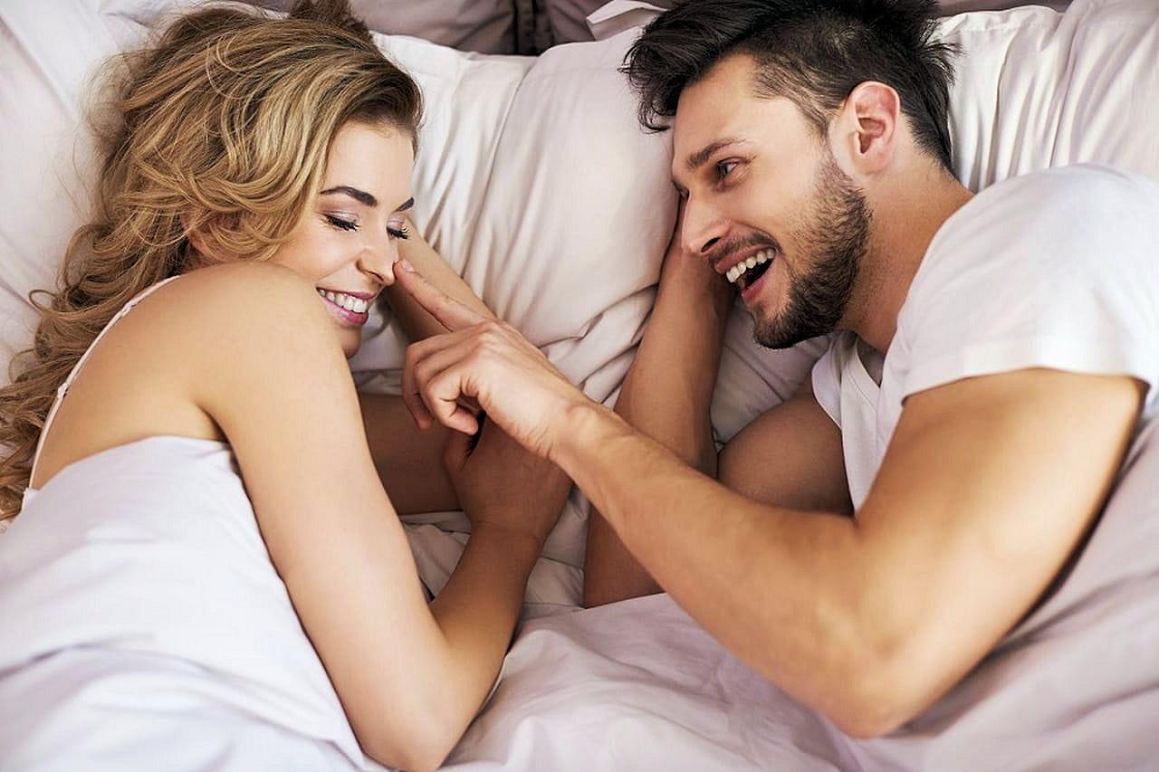 5b8ee6dfc1de2 كيفية إغراء الزوج قبل العلاقة الحميمة